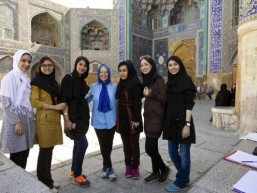 The truth about visiting Iran: You'll be greeted with smiles