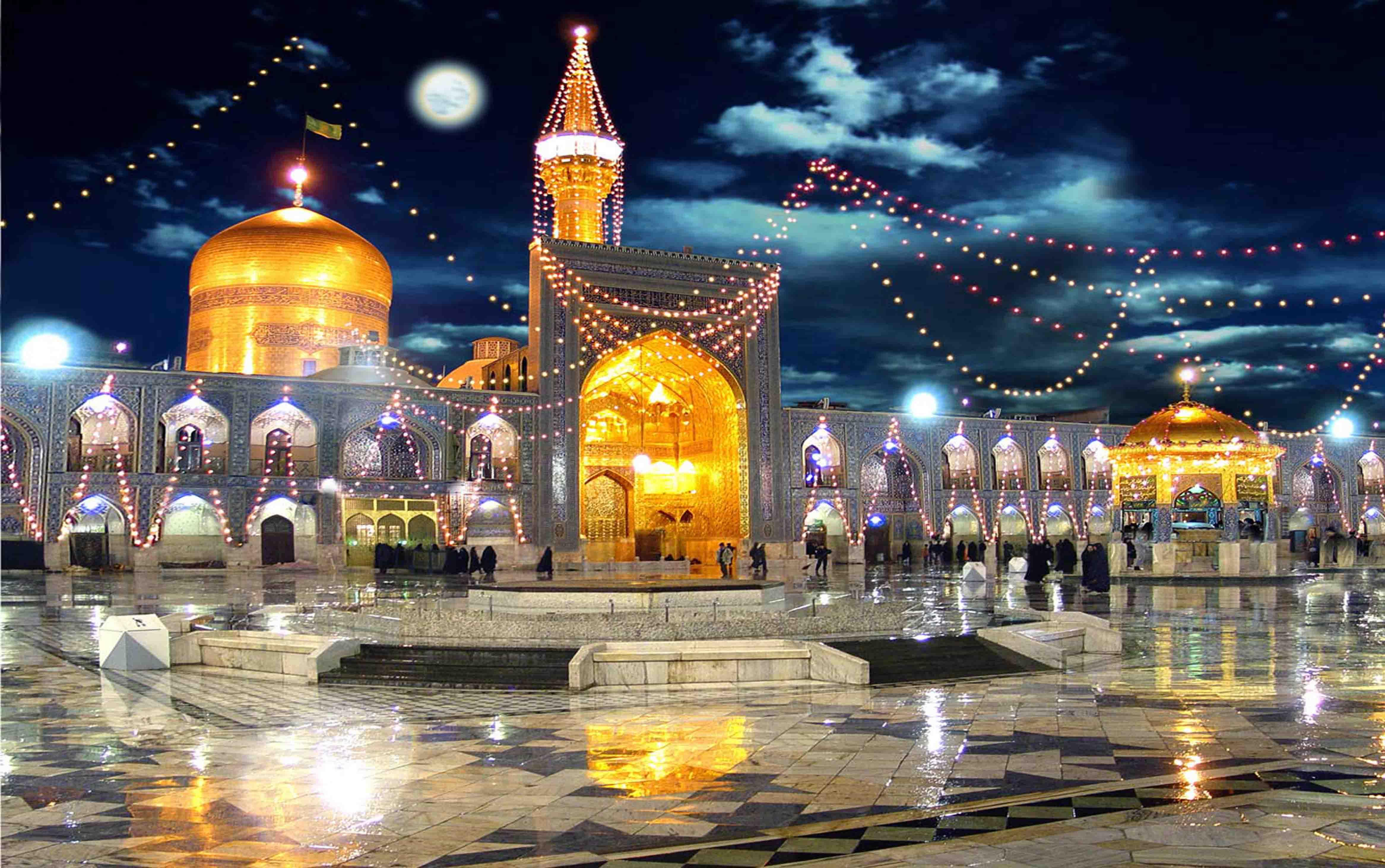 Iran_Mashhad_Imam_Riza_Shrine_8th_Shiite_Holy_Shrine_Night_Pilgrimage